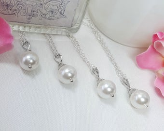 Set of 9 Pearl Necklaces, Nine Bridesmaids Necklaces, Maid of Honor Gifts, Simple Classic Pearl Jewelry, Jr Bridesmaids Necklaces, Adaline
