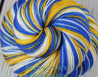 """Dyed to Order: Sports Team Self-striping Sock Yarn - """"BLUE-GOLD-WHITE"""" - Hand dyed - Golden State, Oakland"""