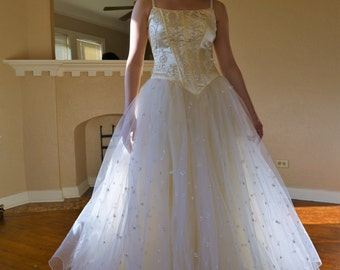 Ball Gown Women | Vintage 1950s, vintage wedding gown women, ball gown, Cinderella Dress, bridal gown women, ethereal wedding gown