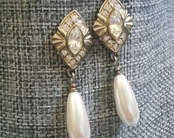 Vintage Rhinestone and faux pearl pierced earrings