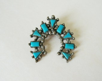 Vintage Brushed Silver and Turquoise Brooch