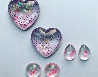Set of 6 flat back resin cabochons - mixed shapes and sizes - hand crafted