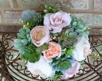 Blush & Mint Succulent Bouquet