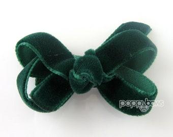 """Small 2"""" Dark Green Velvet Hair Bow, baby velvet hair bow, newborn hair bow, infant hair bow, hunter green, boutique, christmas hair bow"""