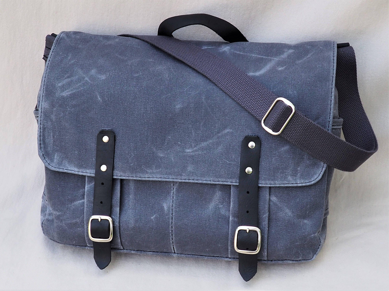 waxed canvas messenger bag interior laptop sleeve leather straps. Black Bedroom Furniture Sets. Home Design Ideas