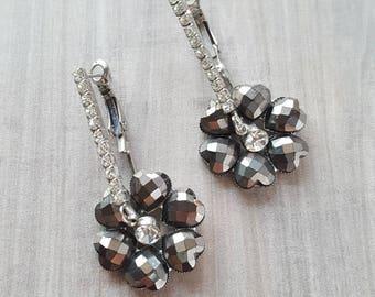 Vintage Holiday Heart Earrings (Silver)