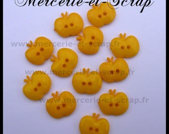 6 buttons dark yellow Apple fruit 15mm Plastic 2 hole