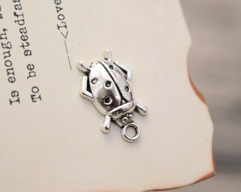 20 antique silver ladybug charms charm pendant pendants  (YY02)