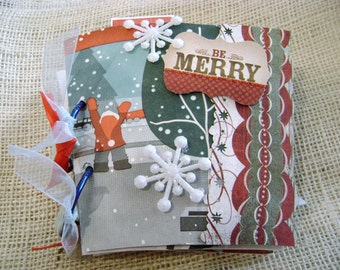 Christmas mini scrapbook album from upcycled holiday coffee sleeves and cups from espresso drinks