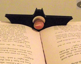 Batman Page Holder | Batman Thumb Page Holder | Thumb Book Holder | Book Page Holder | Thumb Page | Thumb Ring | Thumb Thing | Bookworm