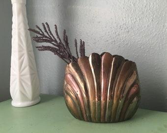 Brass Clam Shell Planter/ Metal Seashell Vase/ Short Metal Hollywood Regency Plant Holder