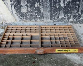 DISCOUNT Ancien tiroir en bois lettres d'imprimerie, style industriel imprimeur/ étagère pour collection / Décoration industrielle / Holy10