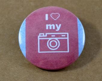 I Love My Camera Pinback Button, Nikon Pin, Photographer Button, Camera Keychain, Photographer Pins, Backpack Pins, Camera Bag, World Travel