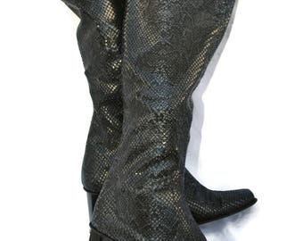 Vintage boots SNAKE LEATHER BOOTS Slouchy leather boots Black leather boots 90's Supermodel boots Clubbing boots