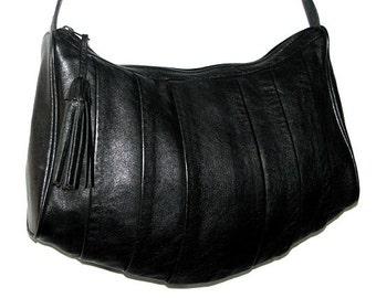 Vintage 80s 90s NICOLE Black Leather Shoulder Bag w/ Tassel
