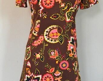1960's handmade floral polyester mini dress