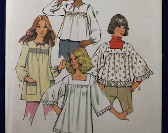 1970's Sewing Pattern for a Smock Top in Size 6 - Simplicity 5341