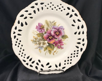 Formalities by Baum Bros: Decorative Collectible Dinner Plate Purple Pansy Design, Item #569414411
