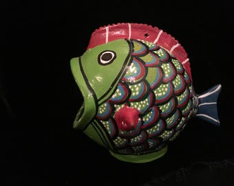 Hand Made, Vintage Oaxacan Gourd Art. Fish. Christmas Ornament, Folk Art. Hand Painted