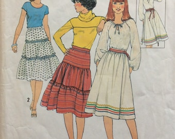Simplicity 8076 misses skirts size 12 waist 26 1/2 vintage 1970's sewing pattern