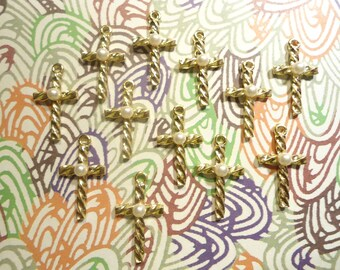 12 Goldplated 32mm Twisted Rope Crosses with Lucite Pearl