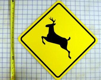 Deer Crossing / Xing Sign
