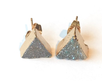 Triangle stud earrings isosceles triangle studs natural agate druzy triangle studs gold triangle earrings geometric studs triangle druzy's