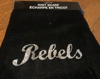 Customized knit scarf with glitter wording