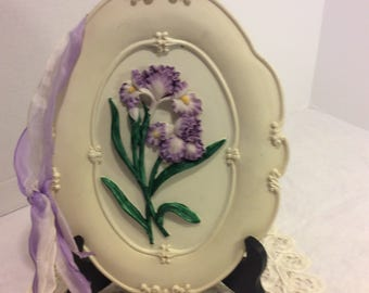 Vintage Shabby Chc Chalkware Plaster Wall Decor, Flower, Purple Iris, Mother's Day Gift, Retro Decor, Wall Hanging with Purple Ribbon