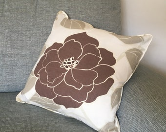Brown flower pattern cushion cover