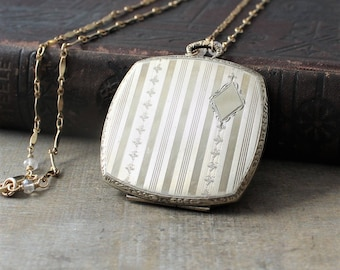 Large Gold Locket Necklace, Art Deco Locket, Gold Antique Locket, Gold Photo Locket Pendant, Gold Square Locket, Picture Locket Push Present