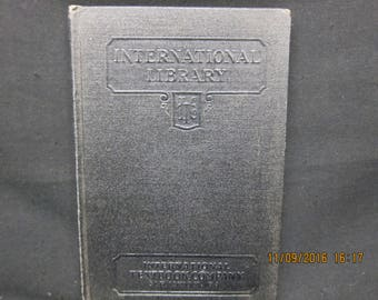 Automobiles Carburation and Fuels - International Text (122 D) 1937