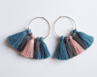 Chic tassels - hoop earrings Silver Pink, grey and blue tassel
