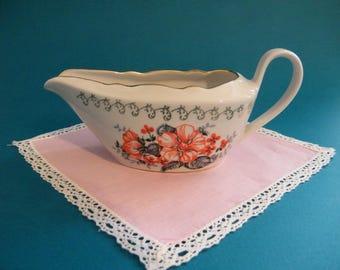 Vintage porcelain gravy boat. Riga porcelain sauce bowl. Soviet porcelain.
