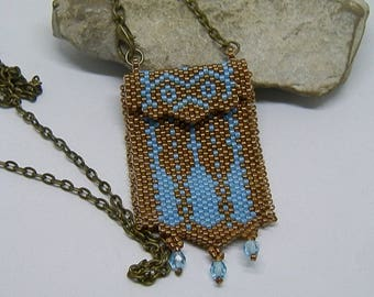 """Necklace """"pouch"""" woven blue and bronze needle"""