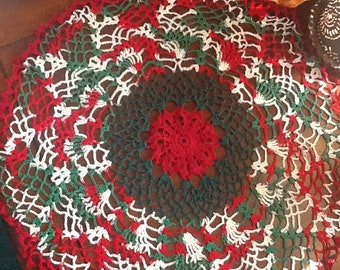 """Large 20"""" pineapple table doily,doily,home,home decor,vintage,country,lace,crochet,Christmas.X-mas,holiday,table,house warming,red,green"""