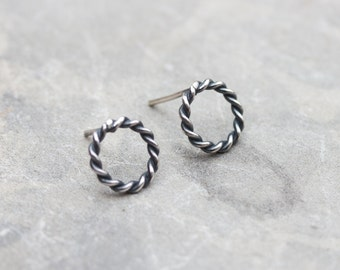 Circle sterling silver stud earrings - minimal, simple every day earrings