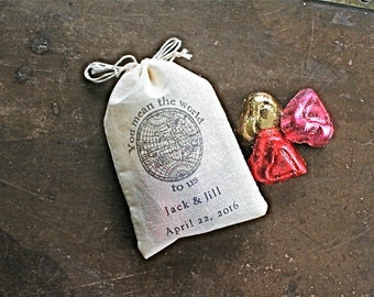Wedding favor bags, set of 50 personalized cotton bags, globe design, You mean the world to us, destination, travel wedding, party favor bag