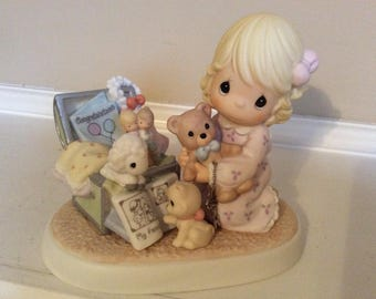 "The figurine ""Collecting Life's Most Precious Moments"" 25th Anniversary #108531 Enesco"