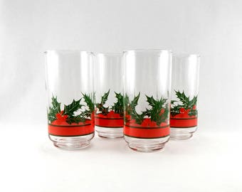 Vintage Holly and Berries Tumblers | Set Of 4 | Christmas Tumblers | Holiday Tumblers