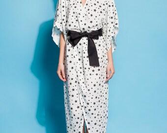 Black and white dress/ dress/ robe/ Wrap dress/ Summer dress/ Long sleeve dress/ Long dress/ Elegant dress/ Belted dress/ 105.320