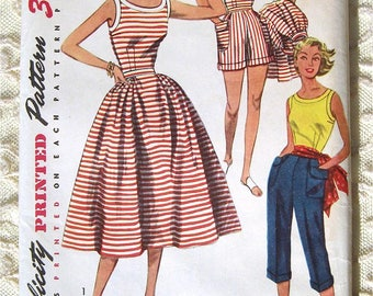 """Vintage 50s Summer Blouse, Skirt, Shorts and Pedal Pushers. Simplicity 4290 Sewing Pattern. Size 14  Bust 32"""""""