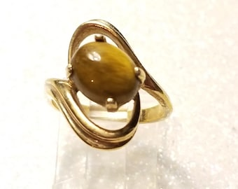 Vintage Cats eye Sterling Silver Goldtone Ring Size 6.25