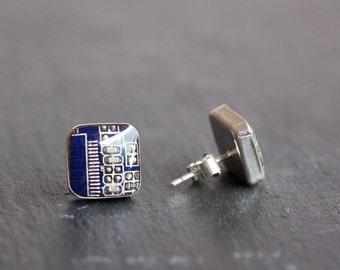 Sterling silver studs with Circuit board piece - 10 mm square - modern geeky jewelry, stud earrings, cyberpunk