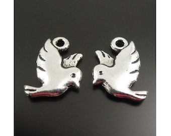 10 Lovely Small Bird Charms Birds in Flight Doves Double Sided Silver Tone 14x12mm Jewelry Supplies