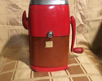 Vintage 1950s Red Vogue Rival Metal Ice-O-Mat ice crusher, vintage kitchen, retro kitchen, red kitchen, 50's decor, Mid Century Modern retro