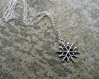 Snowflake Necklace // Winter Necklace //Silver Snowflake