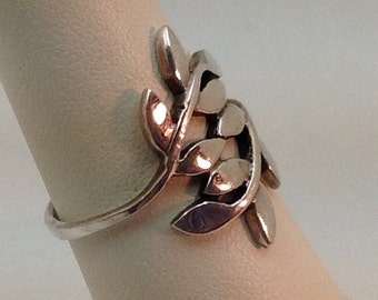 Sterling leaf style ring