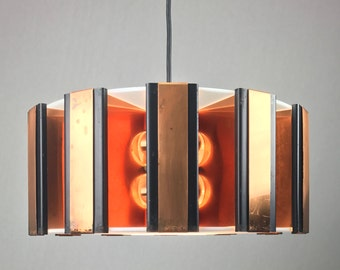 A design master piece by Werner Schou for Coronell Electro mid 1960s - copper ceiling lamp - MCM hanging lamp - danish design midcentury