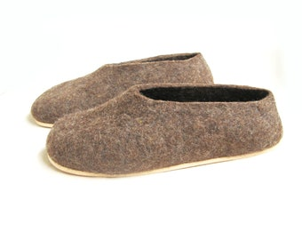 Hygge Earthing Shoes Organic Wool clogs Brown Bear warm winter Slippers, Inspirational Gifts for Readers year round comfort Felt House Shoes